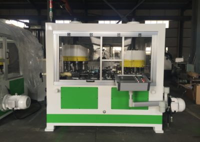 Automatic flanger beader seamer front