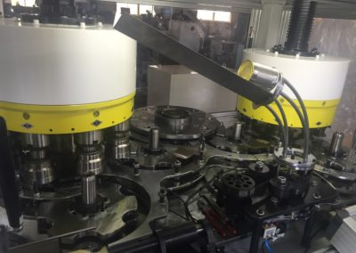 Automatic flanger beader seamer inside machine