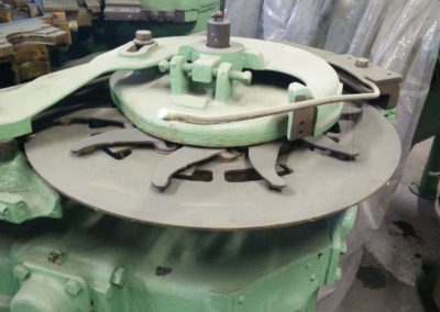 Canco 400 automatic seamer infeed star front view