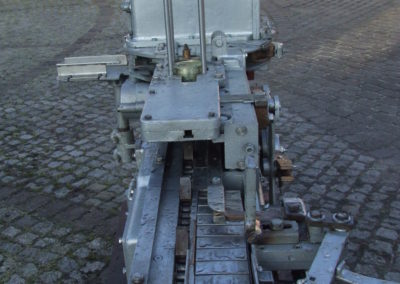 FMC 226 vacuum seamer cameron 226 vacuum seamer front