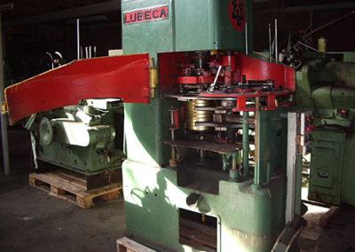 Lubeca LW211 automatic seamer