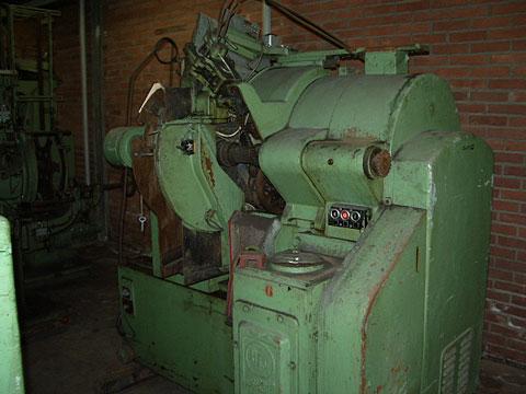 Klinghammer 460 automatic seamer
