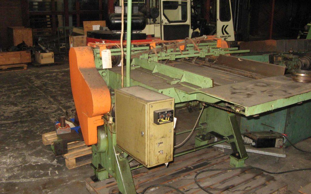 Klinghammer 446 semi – automatic slitter