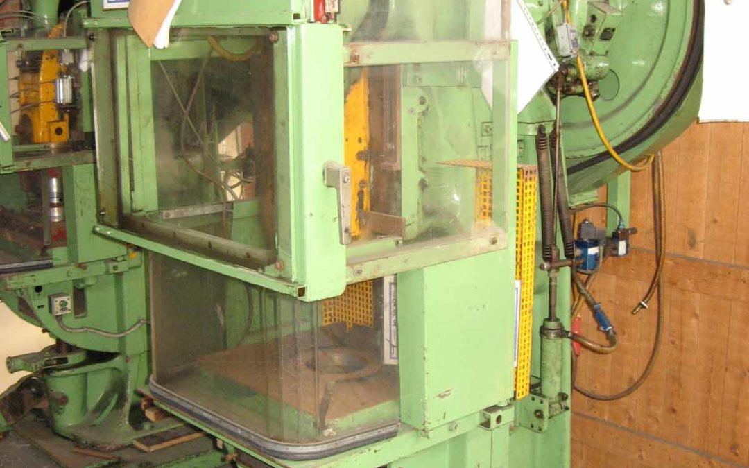 Schuler type PEV 25, 25 tons press