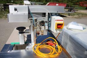 Indosa MP 160 seamer verschliessmachine close up