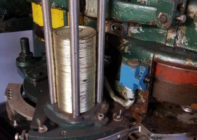 Automatic IMC 178 seamer lids