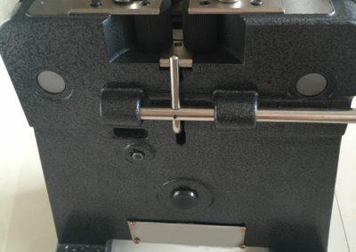 cold pressure welder side view
