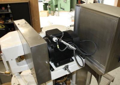 Automatic seamer Angelus 40P motor top view