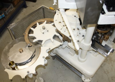 Automatic seamer Angelus 40P top view