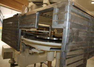Automatic seamer Angelus 40P infeed
