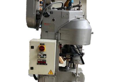 Automatic seamer Manzini comaco AG110