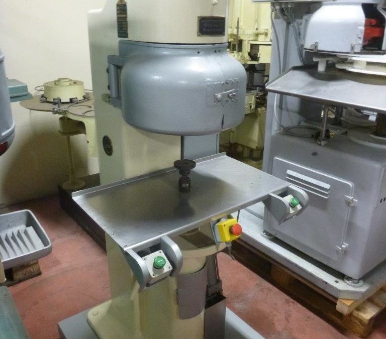 Lanico Rapid semi automatic seamer tooled for 99mm